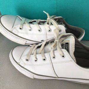White converse leather sneakers chuck taylor